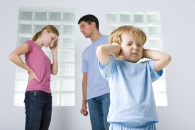 450-94403148-family-quarrel
