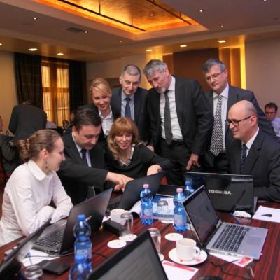 Mihaela Gologan, Auras Apostu, Antonela Butnariu, Cristina Paiu, Adrian Sandu, Florin Porojan, Costel Dragan, Adrian Dinca